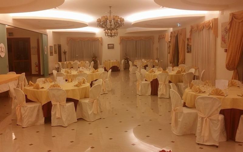 paramenti per sala matrimoni