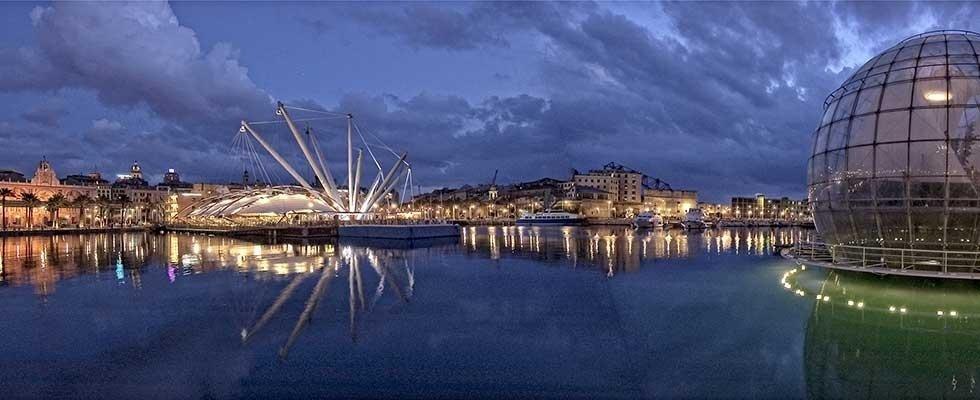 Porto di Genova Notturno