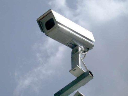 impianti di sicurezza per privati, telecamere per esterni, videocamere per interni