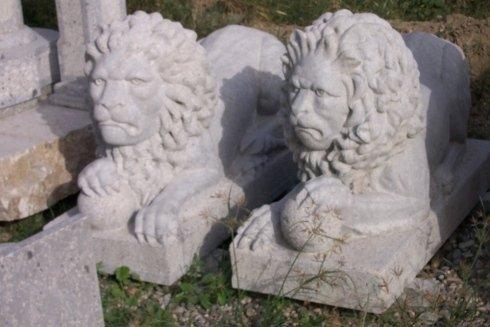 Scultura in pietra reggina
