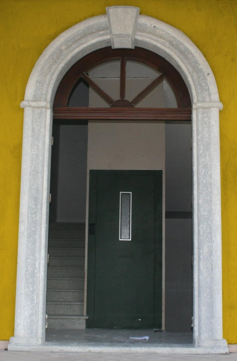 portale a massello