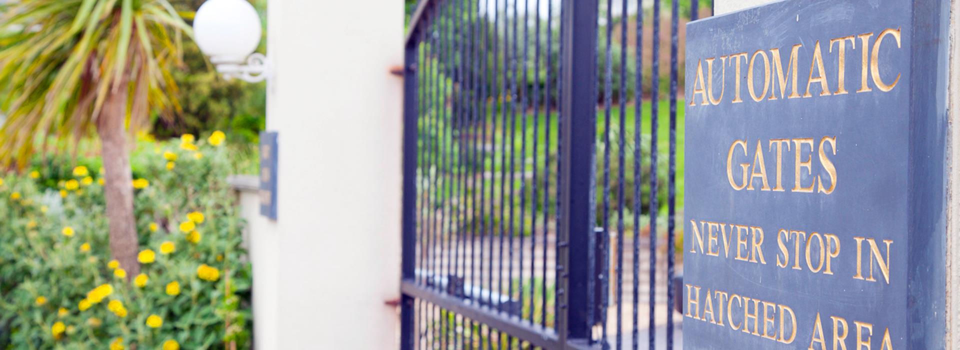 safeguard gate
