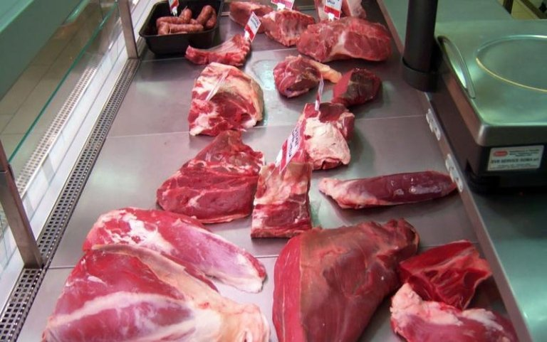Macelleria, norcineria, salumeria, gastronomia, carni fresche, carni bovine, carni ovine, pollame, carne fresca, Bracciano, Roma