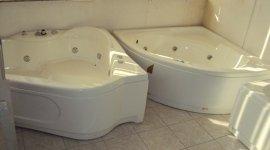 vasche da bagno, arredo bagno, rubinetterie, vasche ad angolo, vasche idromassaggio,