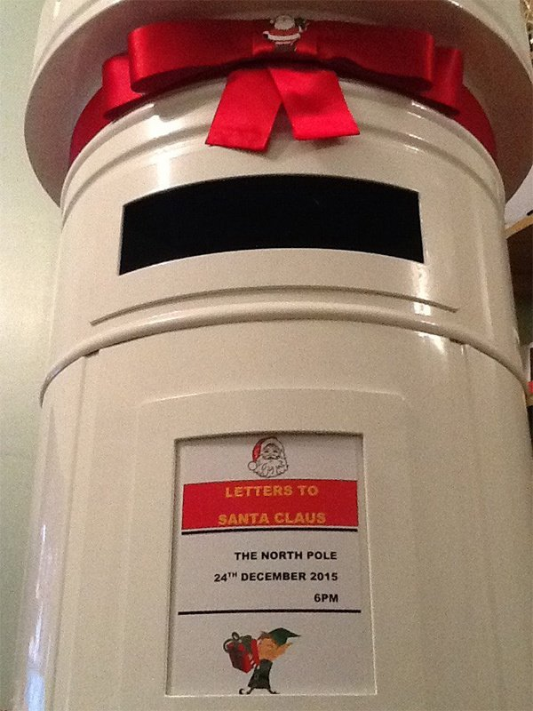 Christmas theme post box