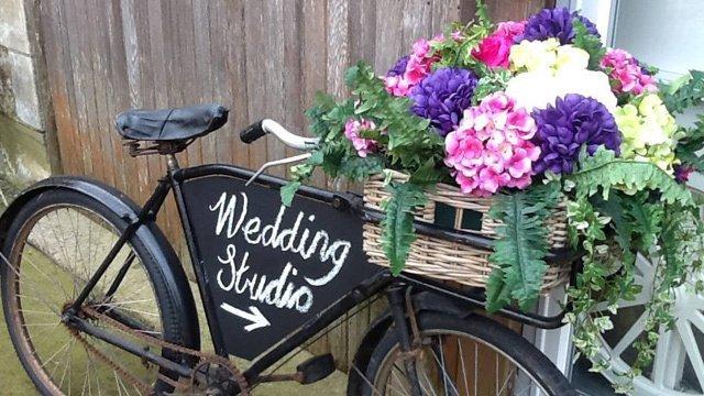 vintage wedding props
