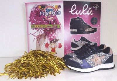 delle scarpe sportive di colore nero argento e blu della marca Lulù