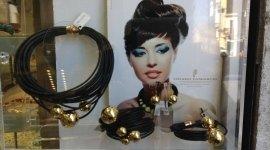 gioielli personalizzabili, gioielli dalle linee moderne, gioielli, accessori, pendenti e bracciali