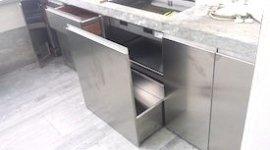 Lavorazione acciaio cucine