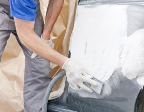rimozione danni auto incidentata