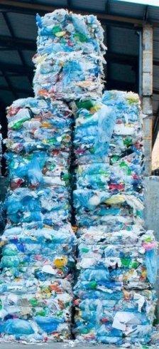 stockage du plastique