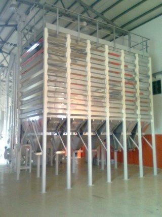 square cell silo