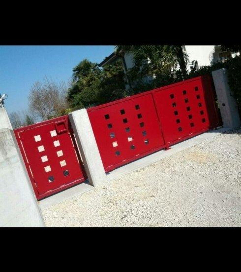 cancello in lamiera laser, lamiera disegnata, cancello laser cancello rosso