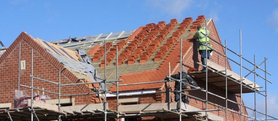 tiled roofing installation