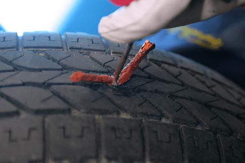 riparazioni gomma bucata