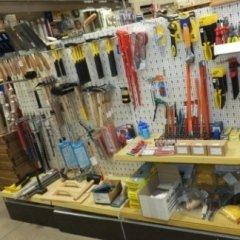 martelli, pinze, cazzuole, ferramenta