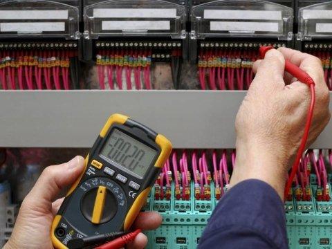 manutenzione impianti elettrici Ariel Genova
