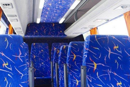 interno bus a noleggio