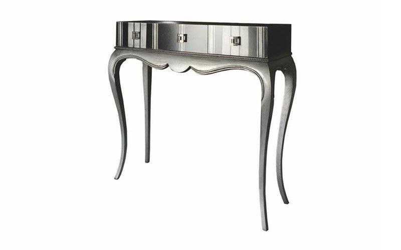 mobili in design