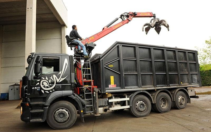 Camion nero