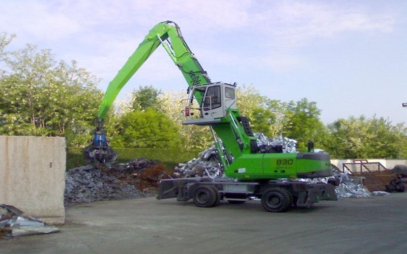 Mezzo da lavoro verde