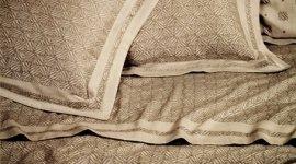 Lenzuola in cotone, Completo letto jacquard