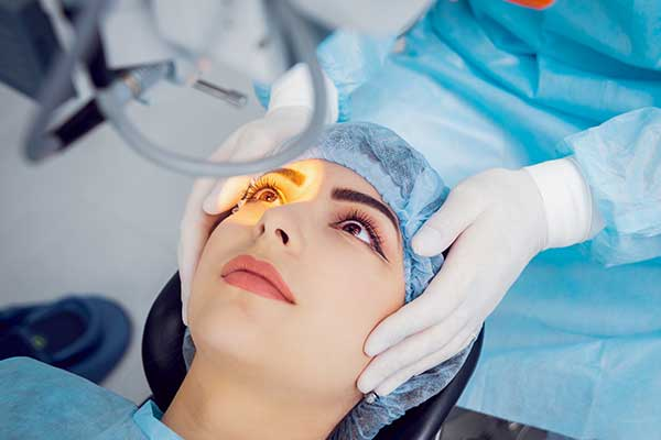 Cataract surgery in honolulu