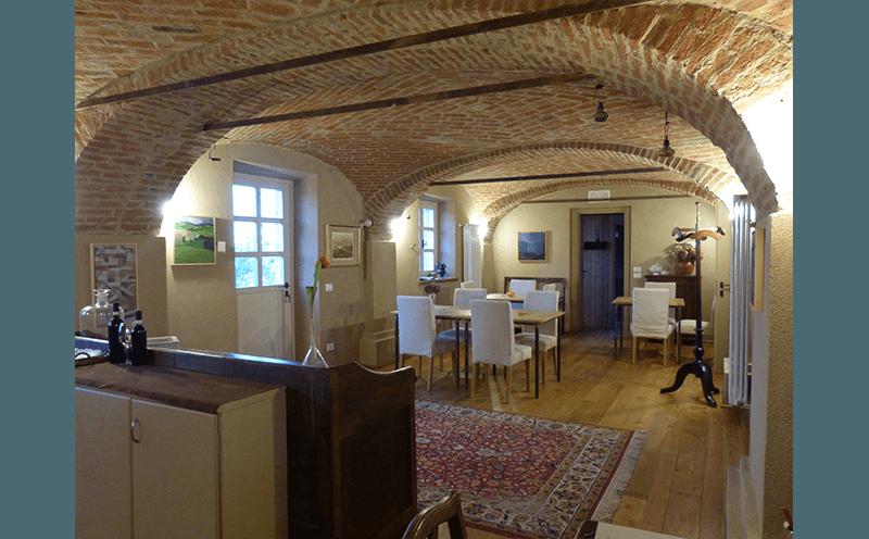 soffitto con mattoni a vista