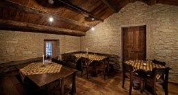 pavimento in legno antico, soffitto in legno, posatura legno antico