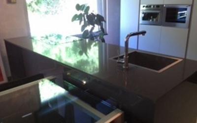 Isola in marmo per cucina
