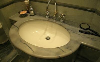 Lavandini e sanitari in marmo