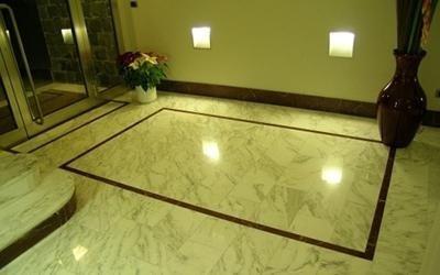 Decorazioni pavimenti in marmo