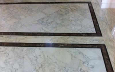 Pavimenti decorati in marmo