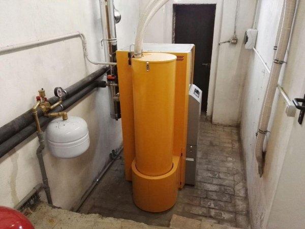 Centrale termica con caldaia a pellet