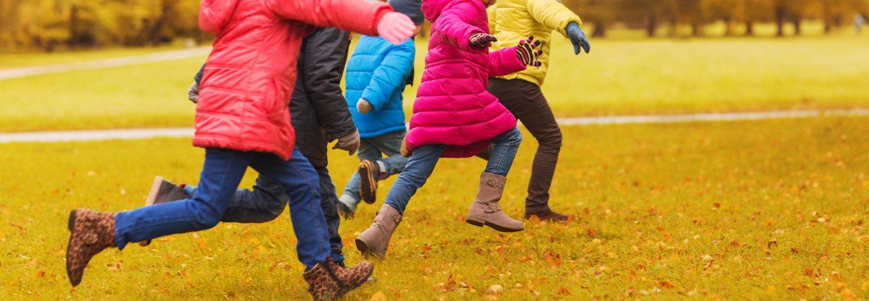 Bambini che giocano nel parco a Mantova