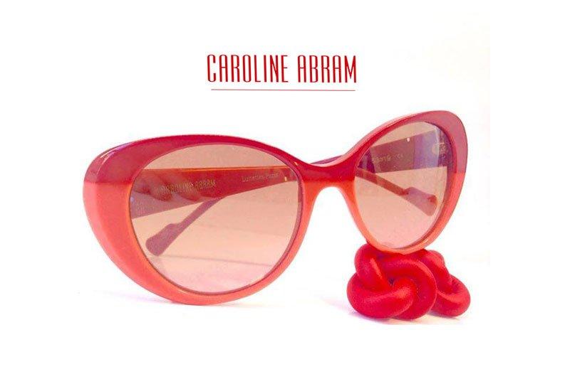 occhiali da sole color rosa della marca Caroline Abram