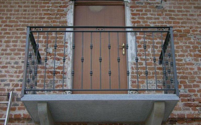 realizzazione ringhiere per balconi