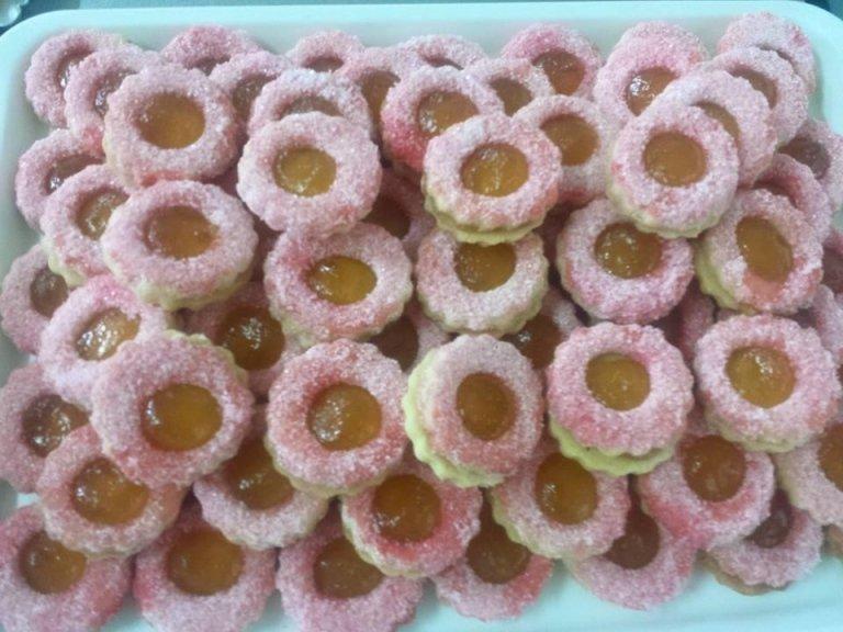 biscotti con ripieno marmellata