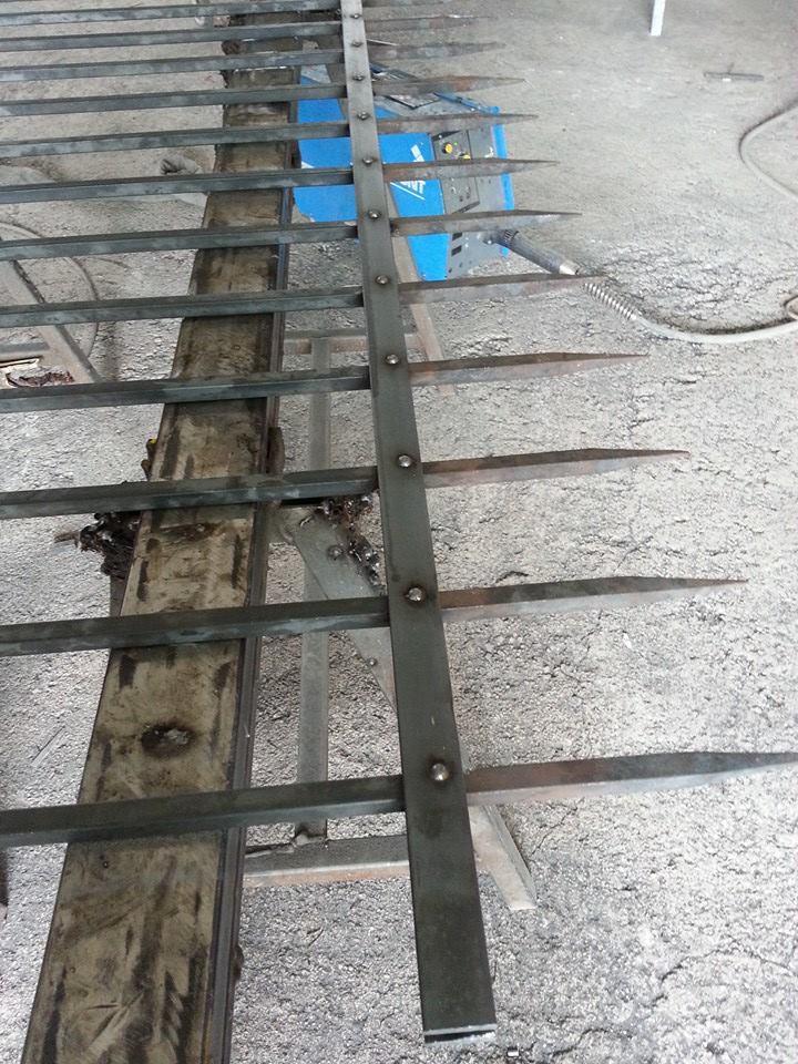 Lavori in Ferro A M Service Porte ed Infissi 7
