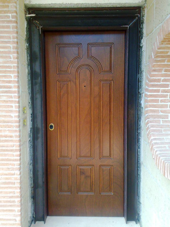 Porta Blindata fabbricata da AM Service Porte e Infissi 5