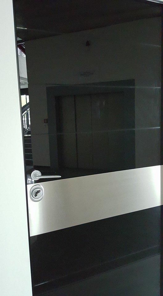 Porta Blindata fabbricata da AM Service Porte e Infissi 2