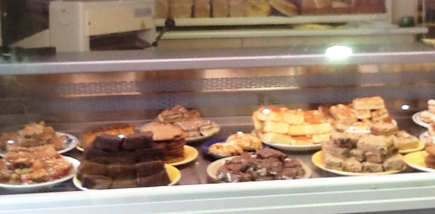 HASLINGTON Bakery counter