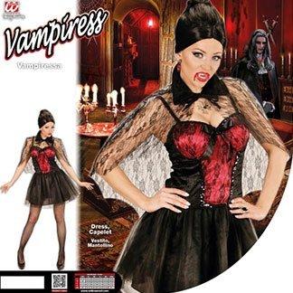 una ragazza con un vestito rosso e nero e la scritta vampiress
