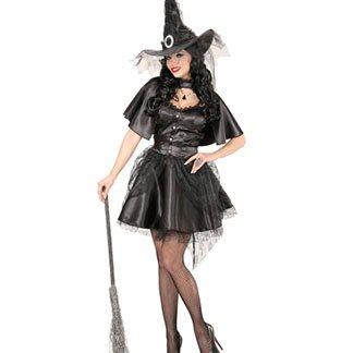 una ragazza vestita da strega