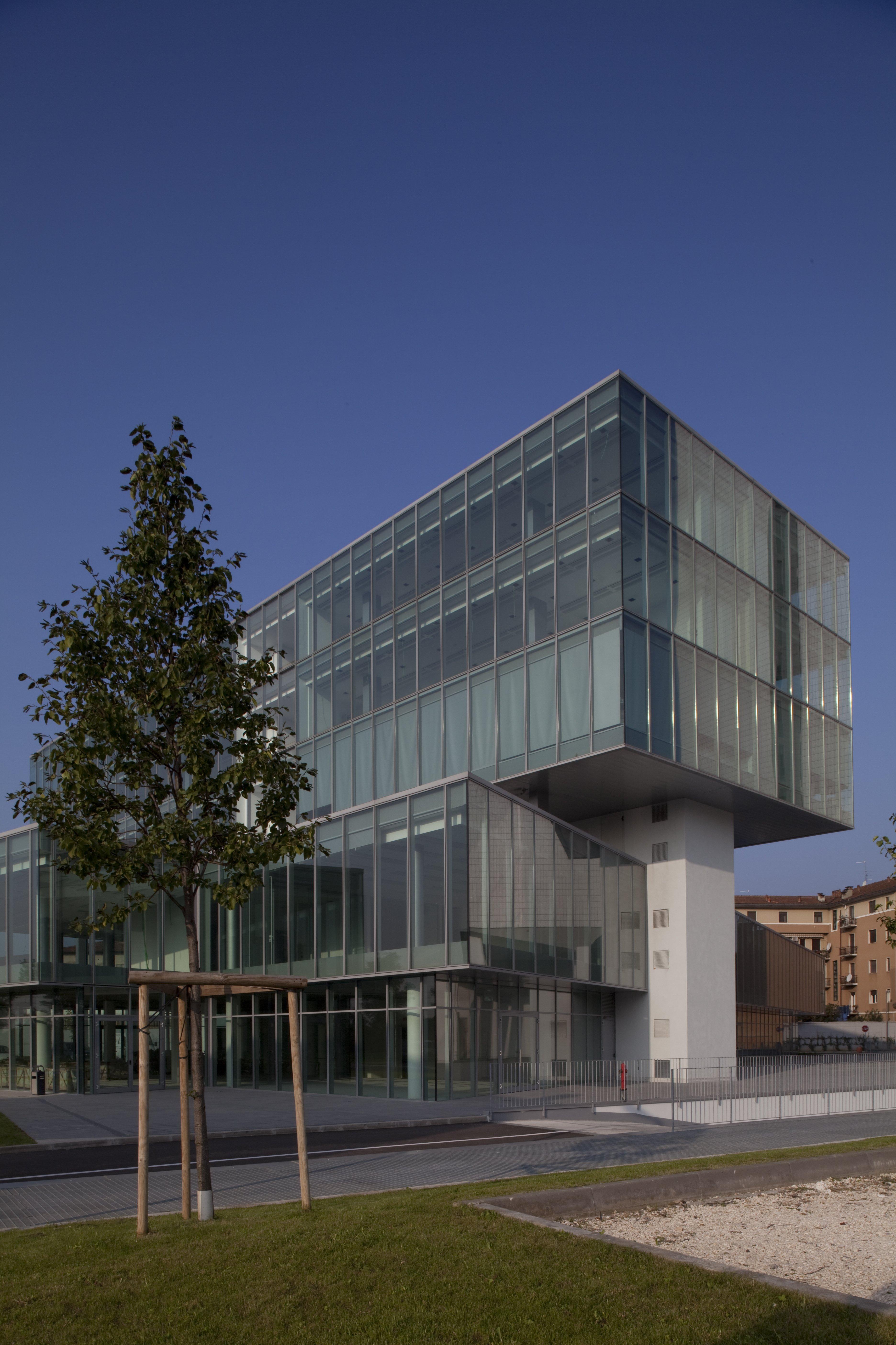 edificio sede di studio di chirurgia plastica
