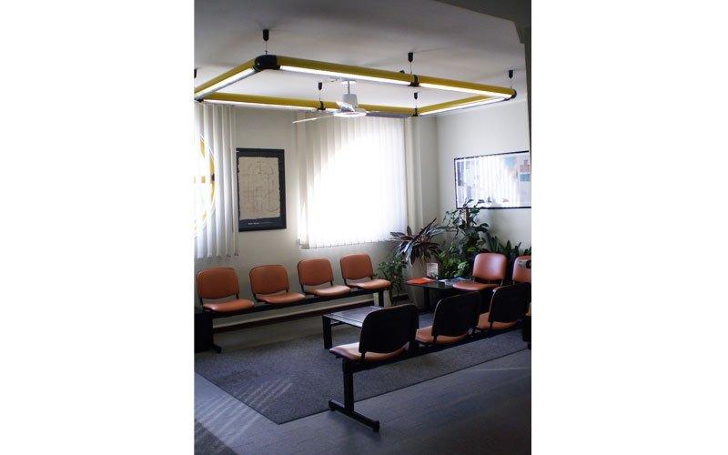 l'interno di una sala d'aspetto