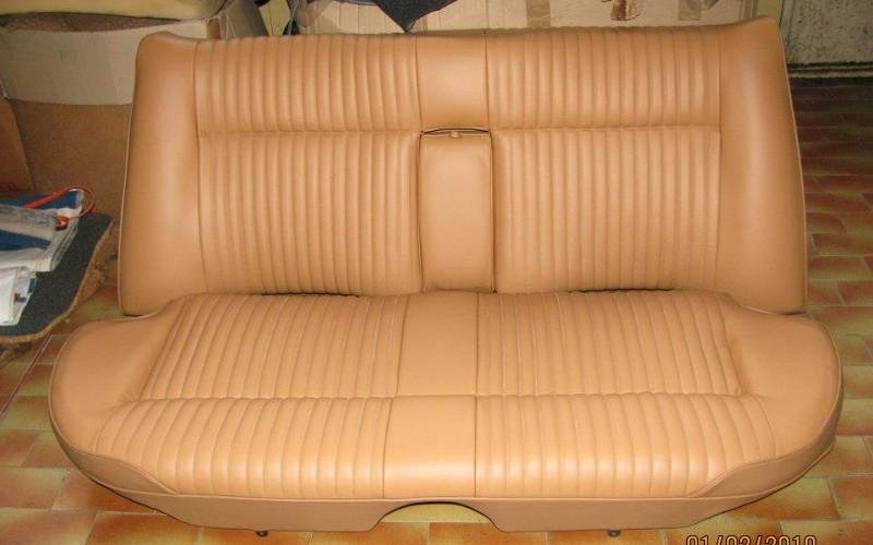 Rifacimento interni auto d'epoca - Sedile posteriore Jaguar