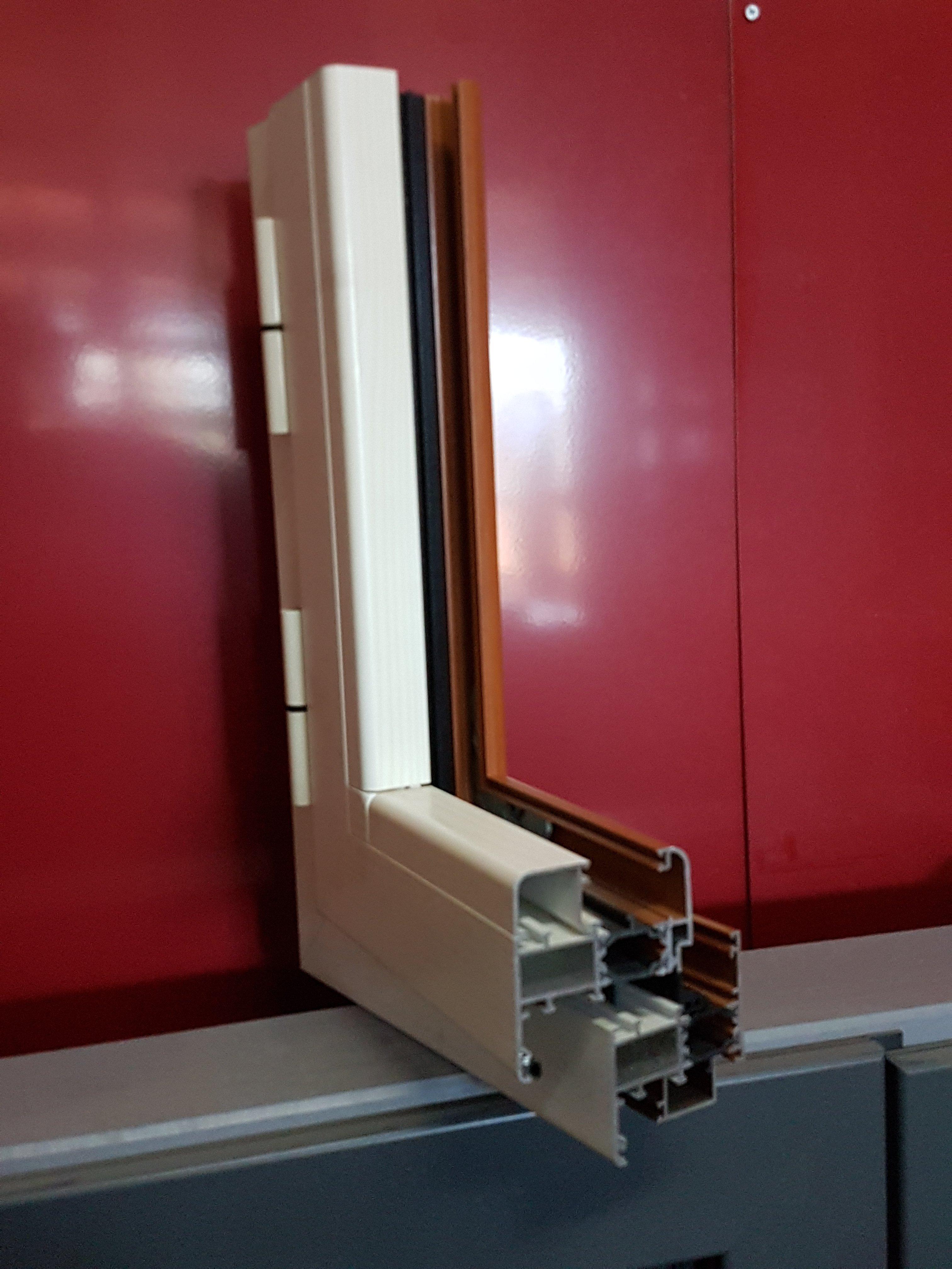 Telaio in PVC di una finestra