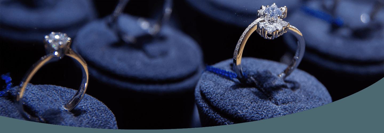 anelli con brillanti
