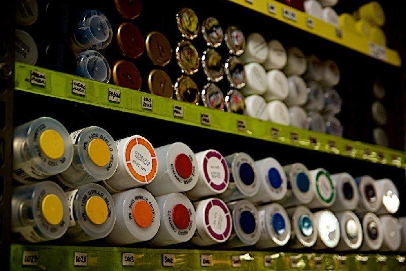 Bombolette spray di vari colori
